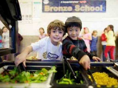 Let's Move Salad Bars to Schools
