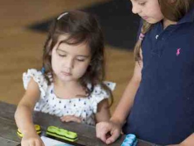 Tiggly Launches iPad Compatible Physical Math Toy