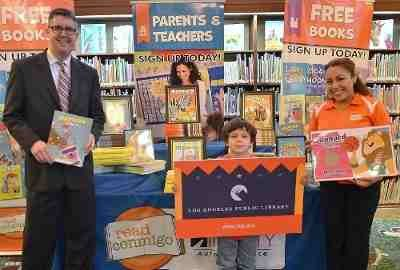 Read Conmigo to Give 10,000 Free Bilingual Books to Kids