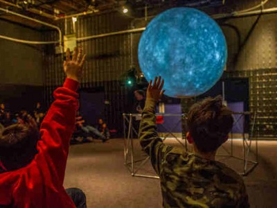 NASA Invites Children to Learn About Hubble Space Telescope