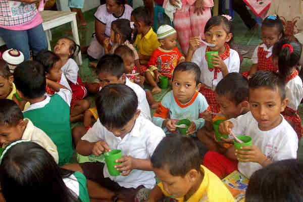 Since 2006, the Indonesian Government has worked with the World Bank to implement the Early Childhood Education and Development Program, to help prepare children to enter school. Photo: World Bank / Erly Tatontos