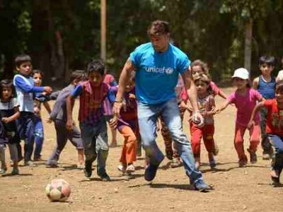 Ricky Martin Meets Syrian Refugee Children in Lebanon