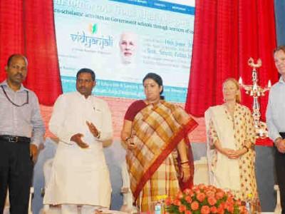 Vidyanjali Invites Volunteers for School Activities in India