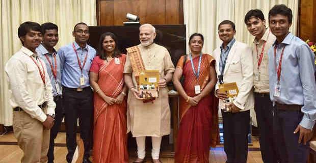 Sathyabamasat Students Meet Prime Minister Narendra Modi