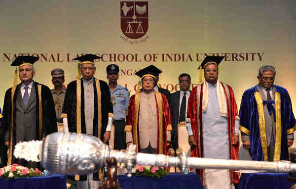 The President, Pranab Mukherjee at the 24th annual convocation of the National Law School of India University, Bangalore, in Karnataka on August 28, 2016. The Governor of Karnataka, Vajubhai Rudabhai Vala, the Chief Minister of Karnataka, Siddaramaiah and the Chief Justice of India, Justice T.S. Thakur are also seen.