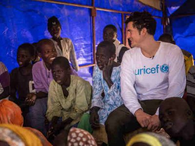 Actor Orlando Bloom Meets Displaced Children in Niger