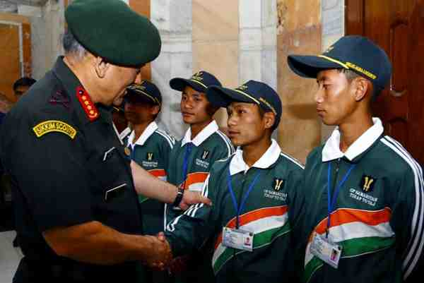 Students from Tirap Meet General Rawat
