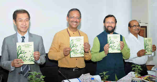 Prakash Javadekar releasing the publication at the inauguration of the National Conference on Innovations (Navonmesh) in School Education, in New Delhi on April 18, 2017