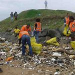 As part of the Climate Change Warriors Project (CCWP), FLC supported communities and schools in semi-urban, rural, and urban areas, organised five clean up campaigns to eliminate illegal rubbish dump sites. Photo: UNDP, SGP South Africa and Future Leaders of Change